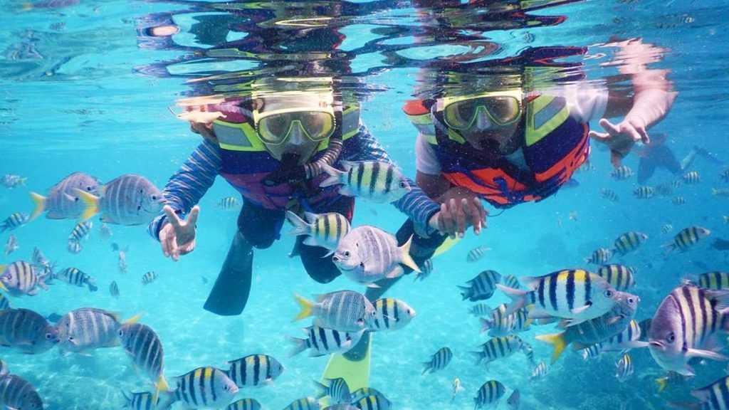 Snorkeling di Pantai Iboih