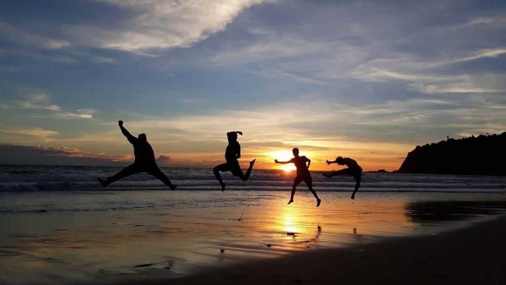 Sunset Pantai Modangan