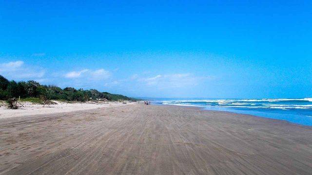 Pantai Bagedur