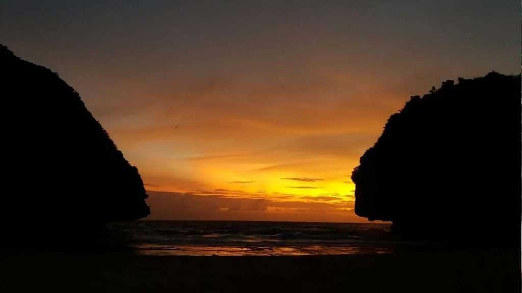Sunset Pantai Greweng