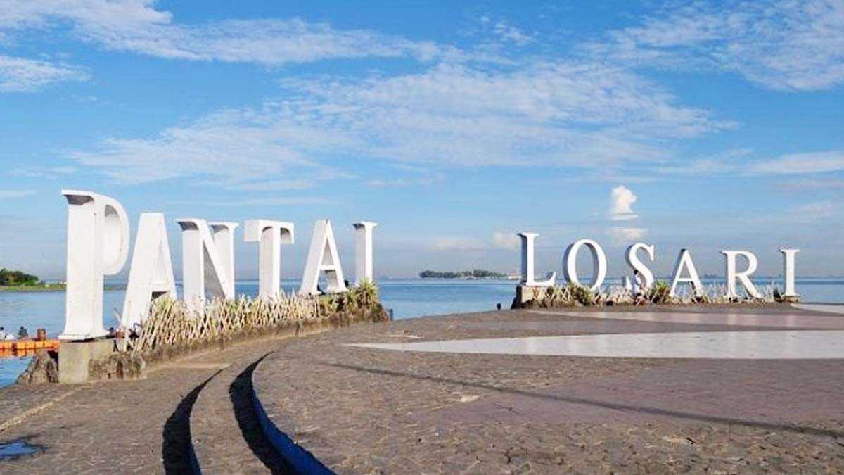 Pantai Losari: Informasi Rute dan Harga Tiket Masuk