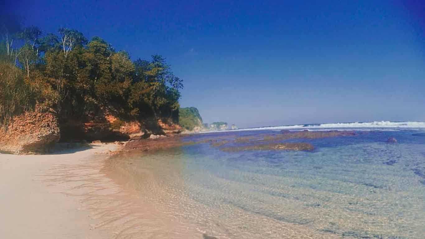 Pasir Pantai Sanggar